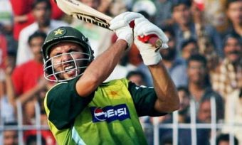 Top 10 Batsmen With Most Sixes in ODI Cricket