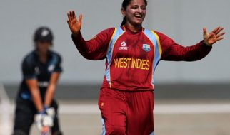 female cricket bowlers