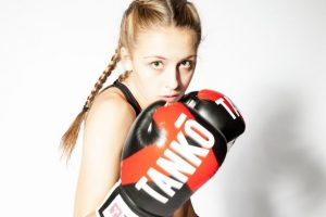 Is this the next Ronda Rousey? Dakota Ditcheva 'wipes out' worldwide competition in Muay Thai